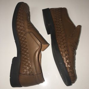 IRVINE PARK Men's Brown Leather Size 9M Loafer